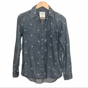 American Eagle Embroidered Denim Shirt Blue Size S